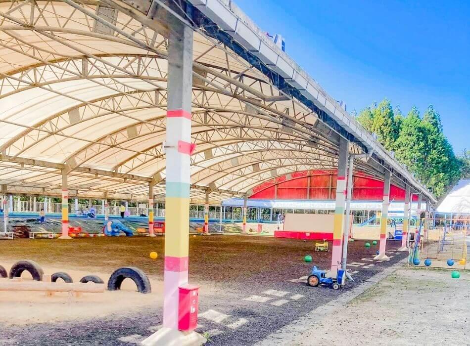 メルヘン村屋内遊技場
