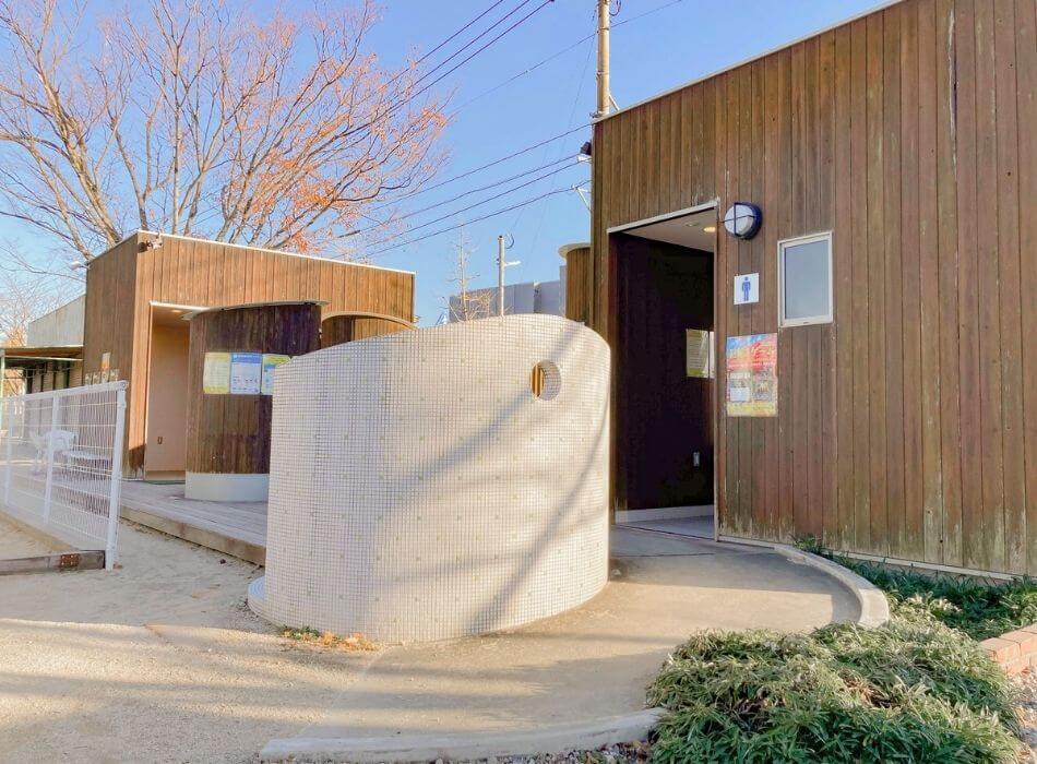 神野公園トイレ